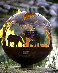 Afrikanische Safari Feuer Grube Kugel