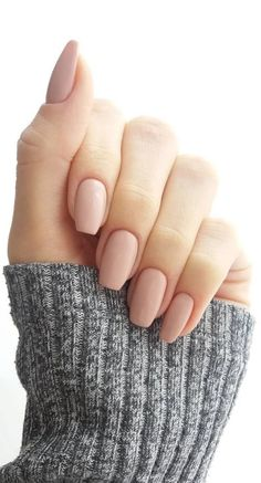 Nail Polish 37 Super Trendy Nail Art Idee für kurzes Nageldesign How To Deal With Hair Growth? Acrylic Nails Nude, Nude Nails, My Nails, Matte Nails, Matte Pink, Acrylic Nail Shapes, Acrylic Art, Shapes Of Nails, How To Shape Nails