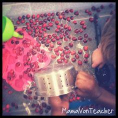 MamaVonTeacher: Cranberry Sensory Play...