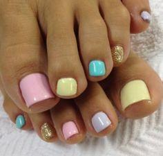 Nails, pies decorados, colores pastel, gelish