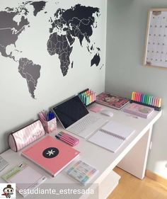 Gifts on estudiante_estresada has such an aesthetically-pleasing study corner You can get Japanese Mildliner Style highlighters, notebooks, Tumblr Bedroom, Tumblr Rooms, Cute Bedroom Ideas, Cute Room Decor, Study Room Decor, Study Corner, Aesthetic Room Decor, Home Office Design, Girl Room