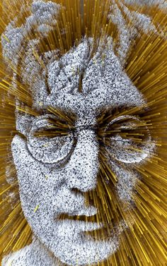 #Offbeat #Celebrity #Portraits John Lennon made from pasta