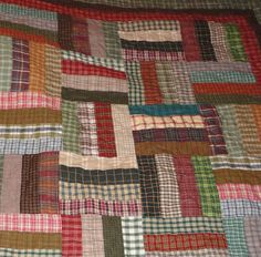 Rail Fence quilt using homespun fabric. Great way for me to use up all my old homespun fabrics ! by quiltbug Flannel Quilts, Plaid Quilt, Boy Quilts, Scrappy Quilts, Quilting Projects, Quilting Designs, Colchas Quilt, Rail Fence Quilt, Craft Ideas