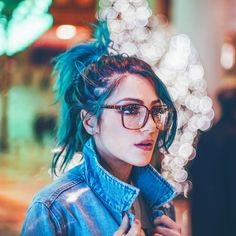 slaying with her blue hair Bokeh Photography, Portrait Photography, Non Blondes, Everything Is Blue, Photo Instagram, Messy Hairstyles, Ombre Hair, Queen, Blue Hair