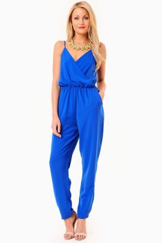 This unique piece is every fashionista's wardrobe must have. Perfect for working that showstopping style. - Strappy Top - V Neckline - Twin Side Pockets - Elasticated Waist Playsuits, Tulum, Must Haves, Twin, Jumpsuit, Neckline, Pockets, Unique, Clothes