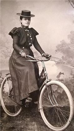 Lady on her bicycle, c.1910:  I kind of want to be her, right now.