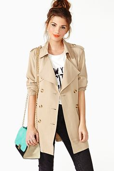 "In search of my perfect trench-  3"" above knee No flappy things Brown buttons Belt at natural waist Small lapels"