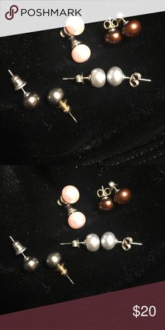 Earrings Pearl 4 pairs of Peary earrings. Pink Blue Grey Brown  The backs of the earrings are not the originals. QVC Jewelry Earrings