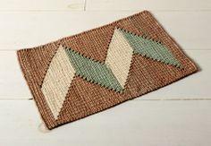 joinery artisan woven straw mat.