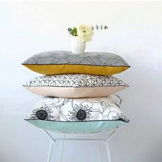 See related links to what you are looking for. Diy Pillows, Decorative Pillows, Decorative Bowls, Coin Couture, Japanese Textiles, Scatter Cushions, Sewing Accessories, Fabric Art, Decoration