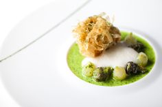 crispy bass, escargot, pearl onion, chartreuse butter L2O - moleculat gastronomy