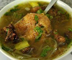 Resep Soto Padang Bumbu Asli Enak - Resep Masakan Indonesia Asian Recipes, Healthy Recipes, Yummy Recipes, Indonesian Cuisine, Indonesian Recipes, My Favorite Food, Favorite Recipes, Yummy Food, Tasty