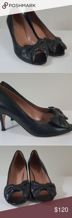 Valentino Red Black Peep Toe Bow Pumps 38.5 Valentino Red Black Peep Toe Bow Pumps 38.5 Size 8.5 US Valentino Shoes Heels