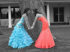 Prom pictures. Poses. Best friends. Edits. Love