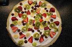 Love, Life, and Living Quarters: One of my favorite desserts - FRUIT PIZZA