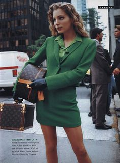 Excellent Fashion Advice You Should Apply When Heading Out – Fashion Trends 80s Fashion, Runway Fashion, High Fashion, Vintage Fashion, Fashion Outfits, Fashion Trends, Couture Fashion, Fashion Fall, Vintage Clothing