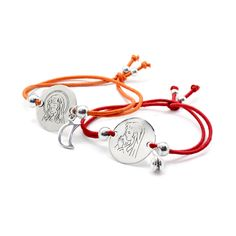pulseras de goma y medallas de plata