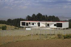 GBN House / Lucio Muniain et al