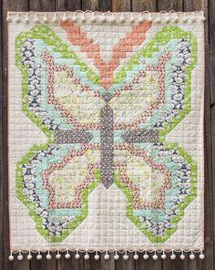 http://www.goinghometoroost.com/2014/bonnie-christine-design/alation-free-quilt-pattern/