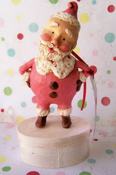 Hand sculpted Folk Art Santa in Pink by thepolkadotpixie on Etsy