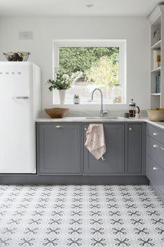 A Design Melting Pot - A Creative Director's Dreamy Modern Farmhouse - Photos Grey Kitchen Cabinets, Kitchen Sink Faucets, Kitchen Tiles, Kitchen Flooring, Kitchen And Bath, New Kitchen, Kitchen Decor, Kitchen Layout, Modern Farmhouse