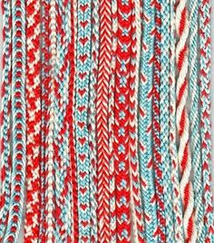 kumihimo braiding: excellent example of how the same three colors can create many different patterns....endless possibilities!