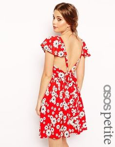 Find the best selection of ASOS PETITE Exclusive Ruffle Sleeve Tie Back Floral Skater Dress. Shop today with free delivery and returns (Ts&Cs apply) with ASOS! Open Back Dresses, Nice Dresses, Maxi Dresses, Party Dresses, Skater Style Dress, Dress Up, Vestido Skater Floral, Asos Petite, Tie Backs