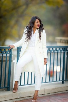 All White fall outfit - Jadore-Fashion Holiday Fashion, Holiday Style, Women's Fashion, Specials Today, All White Outfit, Classy Girl, Affordable Dresses, Winter White, Boyfriend Jeans