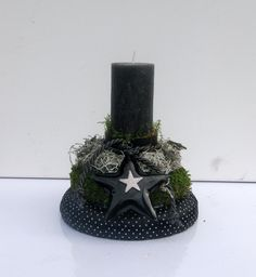 Adventsgesteck - Türmchen - schwarzer / weiß von kunstbedarf24 auf DaWanda.com