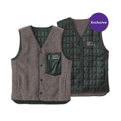 The reversible design of the Patagonia Men's Recycled Down Vest let's you adjust the vest's level of insulation to meet prevailing conditions. Learn more.