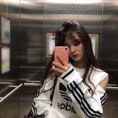 Nakyung - New Site Ulzzang Girl Fashion, Ulzzang Korean Girl, Cute Korean Girl, Ulzzang Couple, Pretty Asian, Beautiful Asian Women, Beautiful Celebrities, Kpop Girl Groups, Korean Girl Groups
