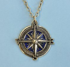 This vintage Antique Blue Compass Rose Pendant with Chain is a perfect unique gift to give your mom for Mother's Day.  This mother's day necklace normally retails for $59, but you can get this today for only $23!