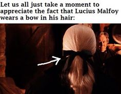 I'm glad someone else noticed this. And not just a bow, an immaculate bow that most girls would be jealous of. <<< I am jealous of it!