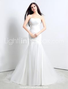 Trumpet/Mermaid Strapless Sweep/Brush Train Wedding Dress (Tulle) - USD $ 79.99