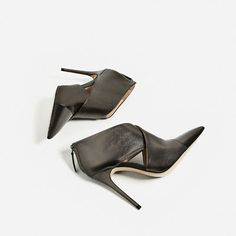 LEATHER CROSSOVER ANKLE BOOTS-View all-SHOES-WOMAN | ZARA Greece