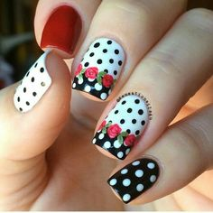 Black red and white. I just really love this color combinations 😍. White on white and Seeing Red Black Onyx. Roses and details painted with acrylic paint. Great Nails, Cute Nail Art, Fabulous Nails, Cute Acrylic Nails, Beautiful Nail Art, Fancy Nails, Diy Nails, Swag Nails, Rose Nails
