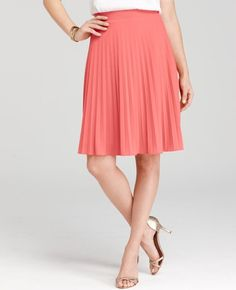 Buoyant Pleated Knit Skirt