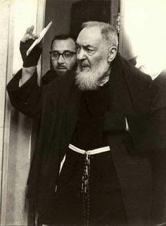 Georg Gänswein, St Pio Of Pietrelcina, Spiritual Thoughts, Roman Catholic, Priest, Kobe, Pamela Hanson, Jesus Christ, Che Guevara