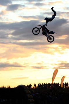 Moto-Cross - - cross -You can find Motocross and more on our website. Motorcross Bike, Motocross Riders, Scrambler Motorcycle, Motocross Quotes, Motocross Girls, Motorcycle Quotes, Motos Ktm, Enduro, Triumph Motorcycles