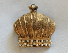 Vintage 60s CADORO Brooch Pin Crown Pearls SIGNED Collectible Rare - $32.00