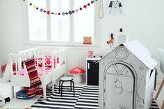 MAIJU SAW | Kids room with cardboard playhouse