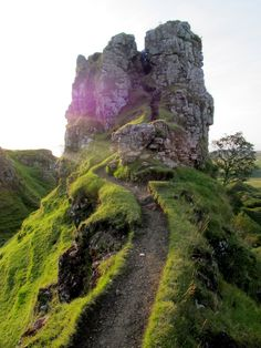 smokesignalsandfire:    fairy glen, isle of skye, scotland