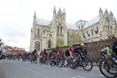 The peloton race past Beverley Minster on stage 2 Kingston Upon Hull, East Yorkshire, Leeds, Barcelona Cathedral, Past, Stage, Street View, Tours, Life