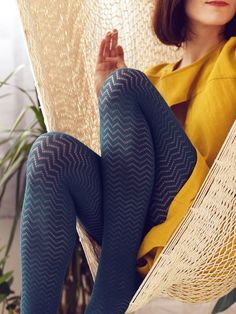 With their all-over chevron print, these tights are as versatile as they are fun. Add them to your wardrobe for a unique look. Made in Italy Comfortable and DeniersColour: Emerald Funky Tights, Cute Tights, Colored Tights, Opaque Tights, Nylons, Pantyhose Outfits, Fashion Tights, Cozy Fashion, Girls In Leggings