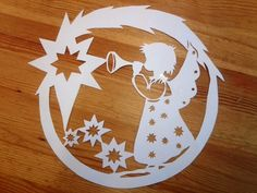 My window: Winter filigrees and window decorations Christmas Arts And Crafts, Christmas Crafts, Christmas Decorations, Christmas Ornaments, Picture Ornaments, Wood Ornaments, Kirigami, Angel Crafts, Paper Flowers Diy