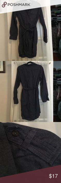 """Navy flannel shirtdress with tie belt Excellent condition flannel shirtdress with self fabric tie, 2 chest pockets, button cuffs, and button placket. Very cozy and cute with tights and boots.  Bust: 20"""", waist: 20"""", length: 35"""". GAP Dresses Mini"""