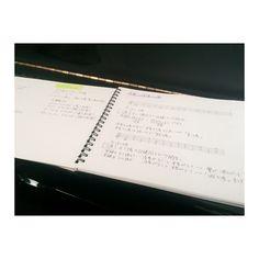 2016.5.24  勉強のお時間  音楽始めて何年目の楽典だって  #singersongwriter #シンガーソングライター  #Gigi by singersongwritergigi https://www.instagram.com/p/BFxtYSwQEdu/ #jonnyexistence #music