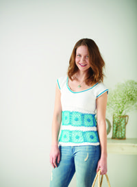 Summer Squares #Top - The square motifs make this #crochet shirt so cute!