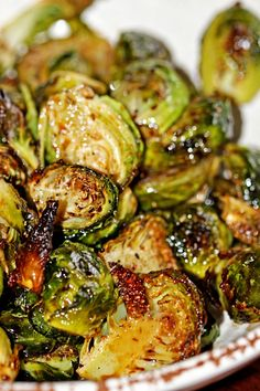 Roasted Brussels Sprouts with Balsamic Vinegar and Honey | Recipe from @keviniscooking