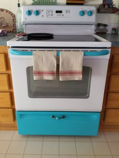 Give Your White Stove a Touch of Vintage. This would work for a Coastal kitchen and a Farmhouse kitchen.